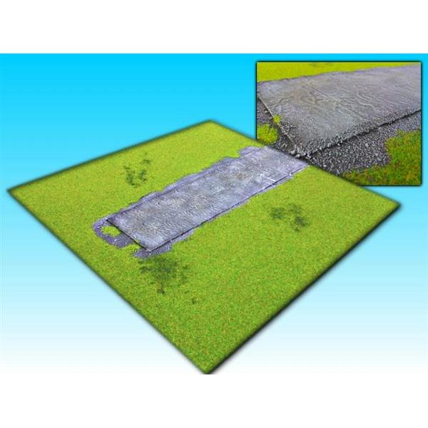 board grass with airfield (60 x 60cm)